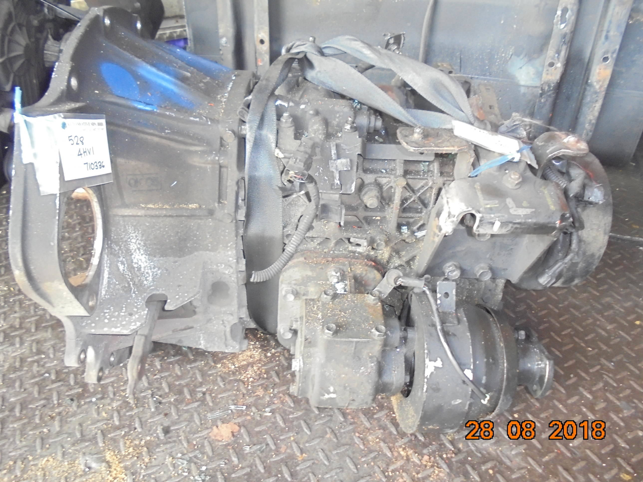 4HV1 GEAR BOX